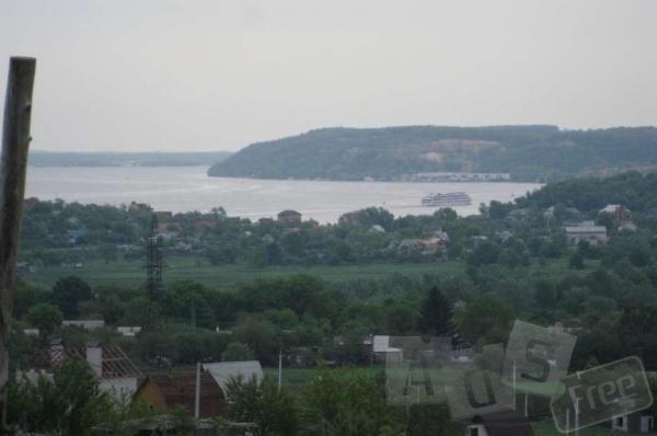 Продам участок с красивым видом на Днепр