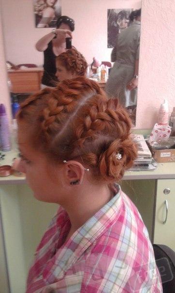 Обучаю плетению кос