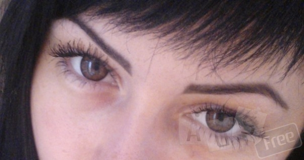 Линзы для коррекции цвета глаз