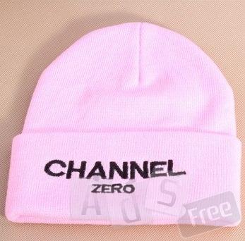 розовая шапка новая