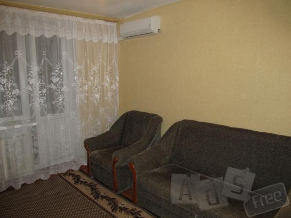 Комплект мебели: диван-кровать+два кресла